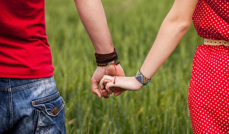 https: img.okeinfo.net content 2019 07 19 196 2080947 3-tips-jika-ingin-sampaikan-ke-calon-pacar-anda-pernah-bercerai-hfIOGGlbOk.jpg