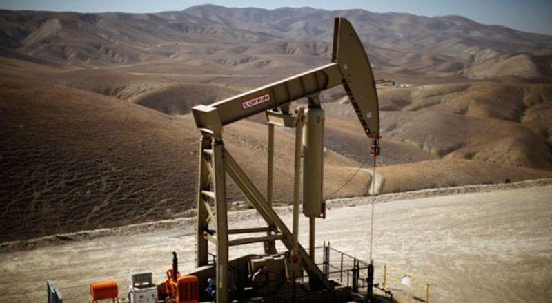 https: img.okeinfo.net content 2019 07 19 320 2081195 ada-semburan-gas-produksi-sumur-minyak-pertamina-di-karawang-mundur-tahun-depan-EyVfl0Ip5X.jpg