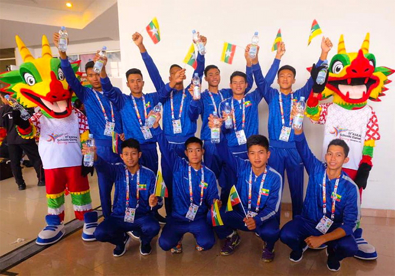 https: img.okeinfo.net content 2019 07 20 481 2081317 le-minerale-dukung-asean-schools-games-2019-di-semarang-uxiphAbYv7.jpg