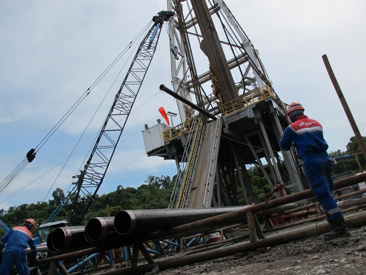 https: img.okeinfo.net content 2019 07 22 320 2082225 tim-ahli-investigasi-tumpahan-minyak-pertamina-di-laut-utara-jawa-KSk13YSiWU.jpeg