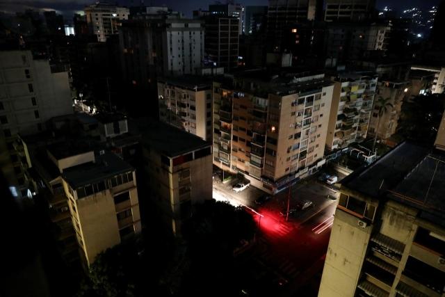 https: img.okeinfo.net content 2019 07 23 18 2082468 setengah-wilayah-venezuela-padam-pemerintah-klaim-akibat-serangan-elektromagnetik-1laxdsHx26.jpg