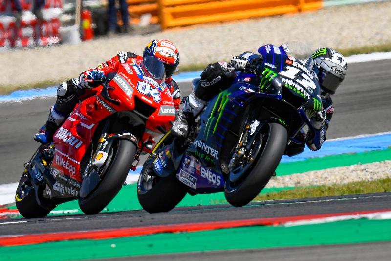 https: img.okeinfo.net content 2019 07 23 38 2082281 pembalap-motogp-bakal-melaju-lebih-cepat-0-5-detik-musim-depan-DRZxOFMaP0.jpg