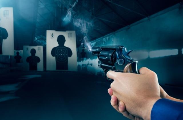 https: img.okeinfo.net content 2019 07 27 338 2084251 enam-tahapan-pertimbangan-polisi-berhak-pegang-senjata-api-r8GSUDrEVP.jpg