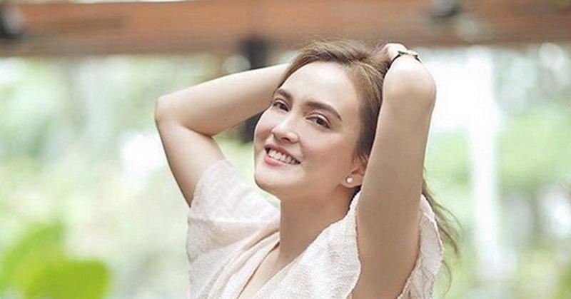 https: img.okeinfo.net content 2019 07 30 33 2085473 pose-olahraga-shandy-aulia-saat-hamil-bikin-ngilu-netizen-khawatir-CQCguH9864.jpg