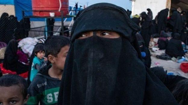 https: img.okeinfo.net content 2019 07 31 18 2085742 wanita-isis-asal-bandung-di-suriah-kami-ingin-pulang-ke-indonesia-cnEY0gE2dN.jpg