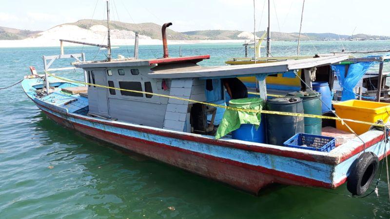 https: img.okeinfo.net content 2019 07 31 340 2085893 tangkap-ikan-pakai-bom-rakitan-4-nelayan-asal-kalbar-ditangkap-Nj0M9HROtb.jpg