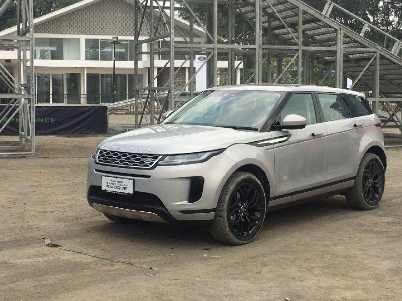 New Range Rover >> Punya Fitur Tembus Genangan Air New Range Rover Evoque