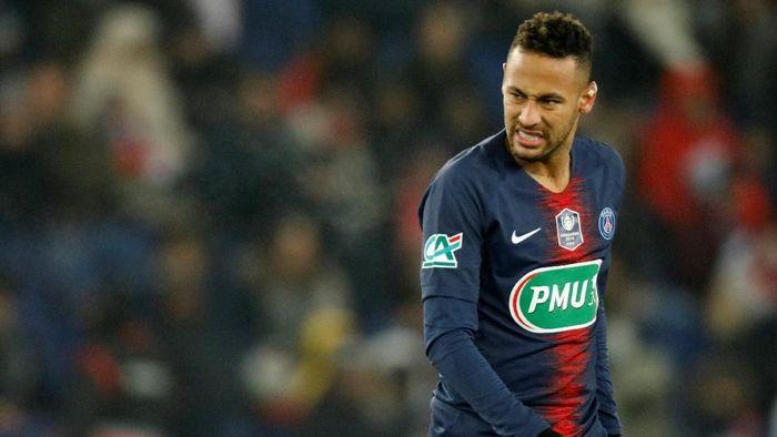 https: img.okeinfo.net content 2019 08 03 51 2087166 gagal-masuk-10-besar-pemain-terbaik-fifa-neymar-kehilangan-rp46-miliar-4pgjWYv3Yb.jpeg