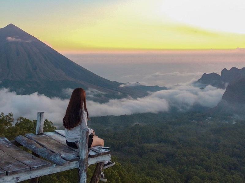https: img.okeinfo.net content 2019 08 10 406 2090166 gaet-wisman-kabupaten-ngada-ntt-siap-kembangkan-eco-tourism-RZaMACjuE0.jpg