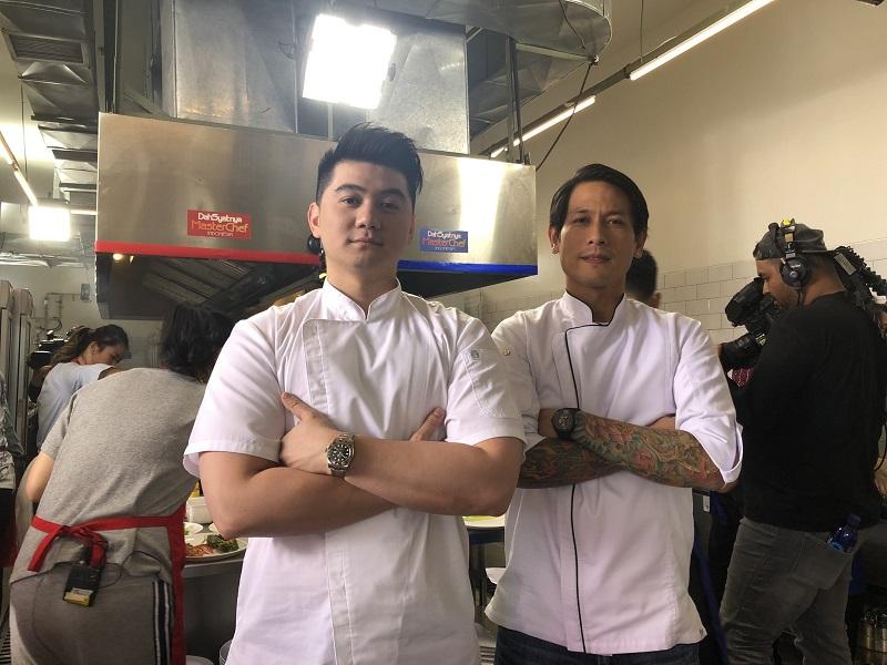 https: img.okeinfo.net content 2019 08 12 298 2090699 chef-arnold-bongkar-rahasia-di-balik-pose-khas-chef-juna-frbkfgQpHP.jpg
