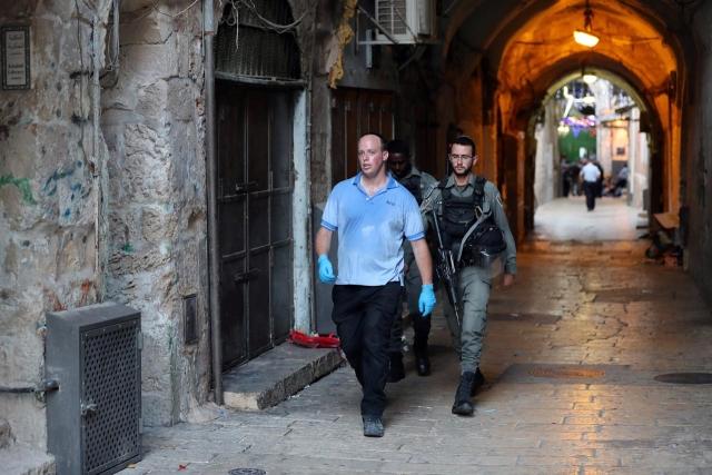 https: img.okeinfo.net content 2019 08 16 18 2092852 dua-pemuda-palestina-tusuk-polisi-israel-seorang-tewas-ditembak-pHUqM6tv2y.jpg