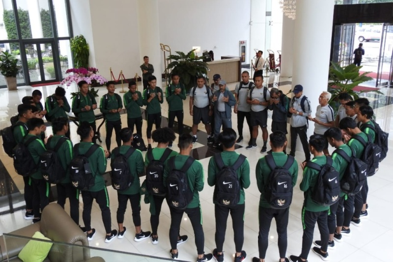 https: img.okeinfo.net content 2019 08 16 51 2092761 pemain-timnas-indonesia-u-18-siap-berpeluh-keringat-demi-kalahkan-malaysia-9DcdcmM3zD.jpeg