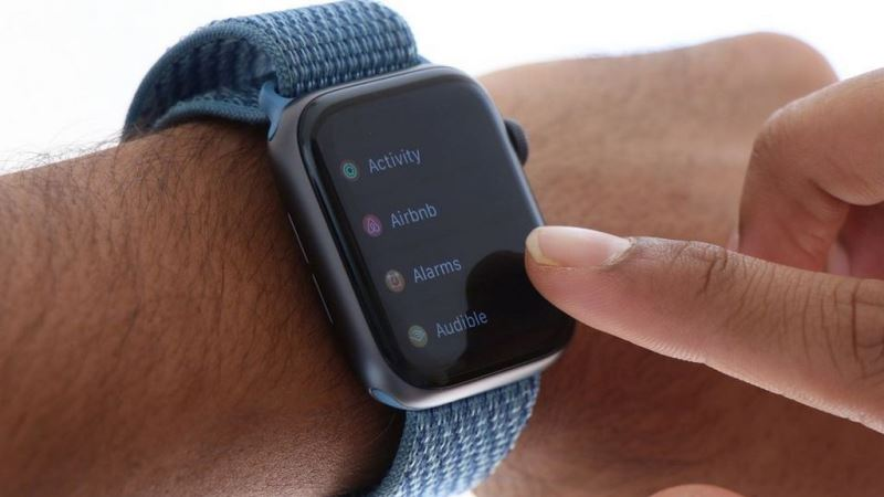 https: img.okeinfo.net content 2019 08 19 57 2093987 lebih-mahal-apple-watch-5-hadir-dengan-material-titanium-a1k4sw77fS.jpg