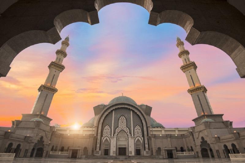 https: img.okeinfo.net content 2019 08 19 614 2093964 islam-di-indonesia-jadi-rujukan-di-berbagai-belahan-dunia-ZNDesBnQkt.jpg