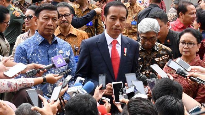 https: img.okeinfo.net content 2019 08 21 337 2094595 jokowi-kecepatan-yang-akan-membawa-indonesia-jadi-negara-maju-qKwLfcu54i.jpg