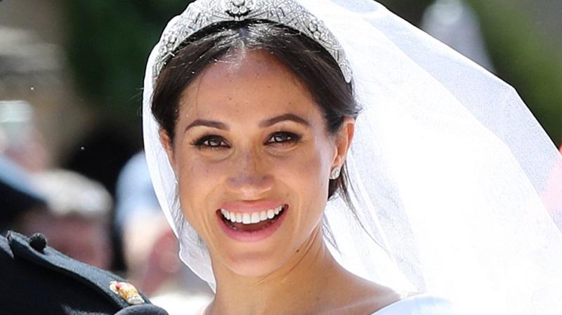 https: img.okeinfo.net content 2019 08 21 611 2094839 makeup-meghan-markle-saat-menikah-ternyata-terinspirasi-dari-internet-HPgZKwacH8.jpg