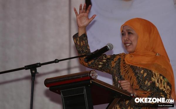 https: img.okeinfo.net content 2019 08 22 519 2095401 khofifah-mari-torang-jaga-indonesia-tara-usah-bakalai-Yj3ZrU18on.jpg