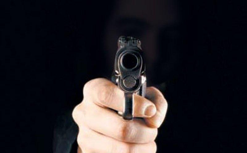 https: img.okeinfo.net content 2019 08 23 340 2095967 ancam-tembak-kasatpol-pp-pekanbaru-pejabat-bnn-ngaku-cuma-bawa-pistol-air-qQZBo6cGP9.jpg