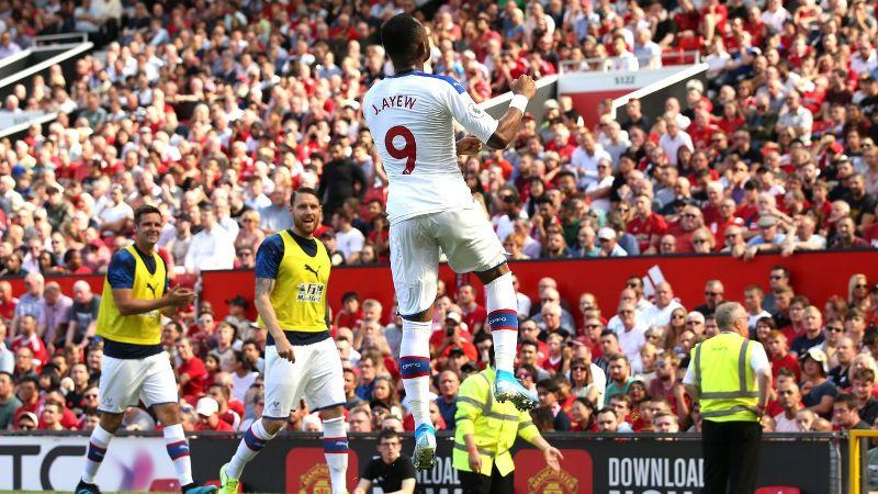 លទ្ធផលរូបភាពសម្រាប់ Crystal Palace Permalukan Manchester United Lewat Gol Dramatis di Old Trafford