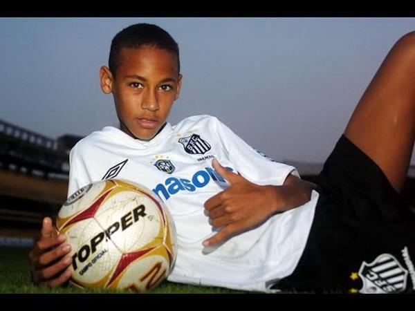 https: img.okeinfo.net content 2019 08 24 51 2096079 penyebab-neymar-jr-gagal-gabung-madrid-pada-2006-BhOmlQivdy.jpg