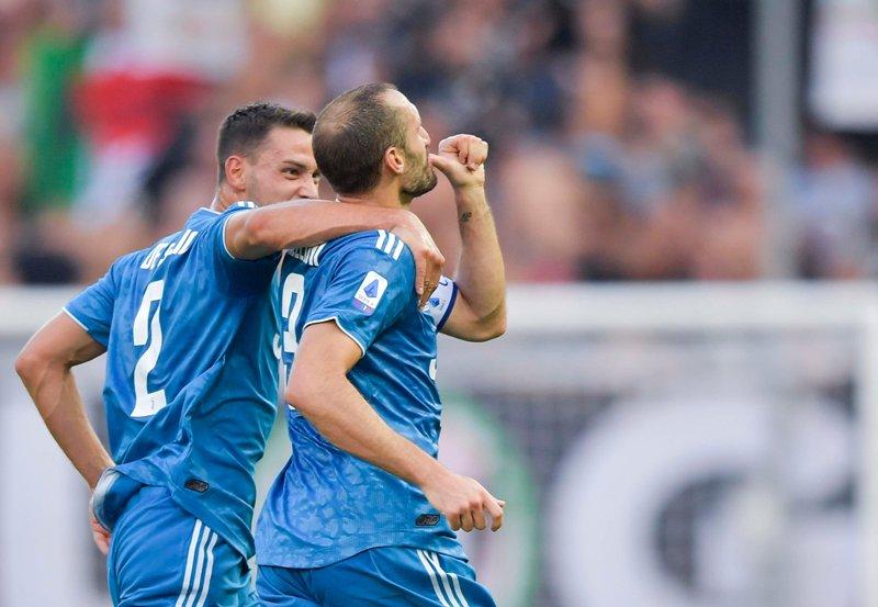 https: img.okeinfo.net content 2019 08 25 47 2096258 gol-ronaldo-dianulir-juventus-menang-1-0-atas-parma-MBv550ZxEL.jpg