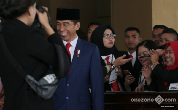 https: img.okeinfo.net content 2019 08 26 337 2096743 sejumlah-nama-baru-calon-menteri-jokowi-mencuat-versi-survei-pemilih-fEgypYTBLT.jpg