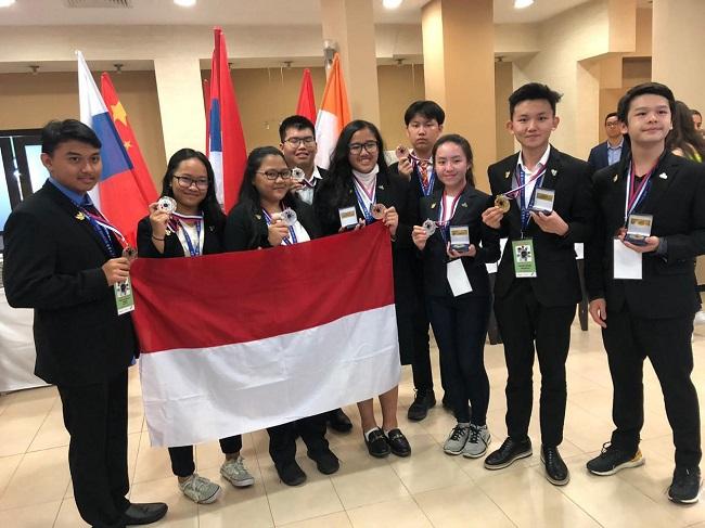 https: img.okeinfo.net content 2019 08 27 56 2097141 pelajar-indonesia-raih-tujuh-medali-untuk-lomba-riset-di-icyss-2019-Mz69xQWsUF.jpeg