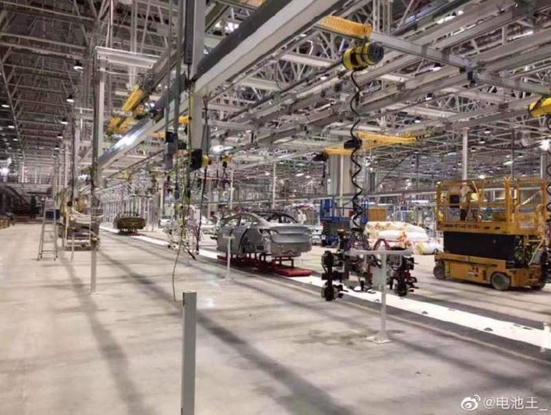 https: img.okeinfo.net content 2019 08 28 52 2097665 miliki-pabrik-baru-mobil-listrik-tesla-produksi-tiongkok-siap-mengaspal-DqZRGEDi2U.jpg