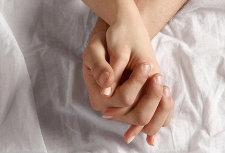 https: img.okeinfo.net content 2019 09 03 614 2100228 hubungan-seksual-di-luar-nikah-sah-ini-kata-mui-vHP982zM8Q.jpg