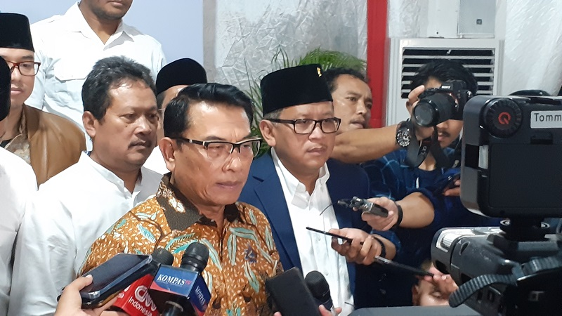 https: img.okeinfo.net content 2019 09 04 337 2100766 moeldoko-indonesia-tak-pernah-minta-bantuan-as-untuk-selesaikan-masalah-papua-vhEXbaFiyM.jpg