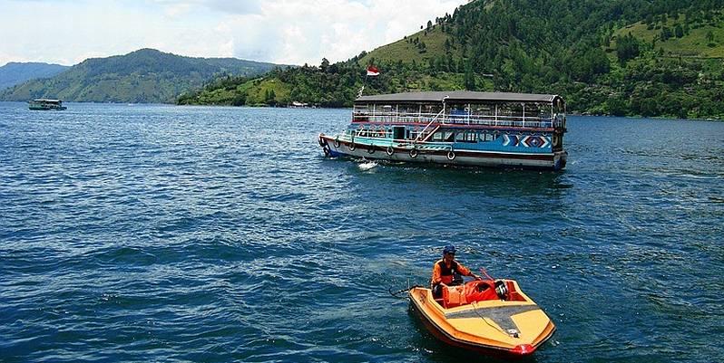 https: img.okeinfo.net content 2019 09 04 406 2100654 jadi-kontroversi-pemprov-sumut-jelaskan-konsep-wisata-halal-danau-toba-DbMwIlxjSK.jpg