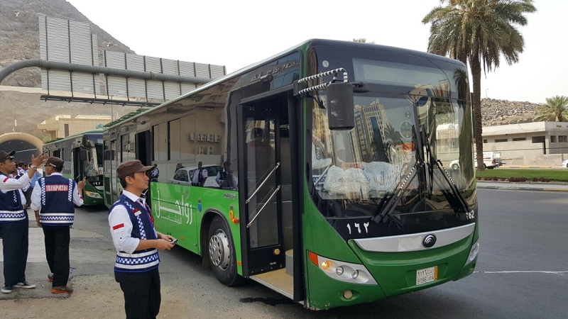 https: img.okeinfo.net content 2019 09 05 398 2100958 bus-salawat-layani-296-292-perjalanan-pada-musim-haji-2019-kuHHOHj0Ml.jpg