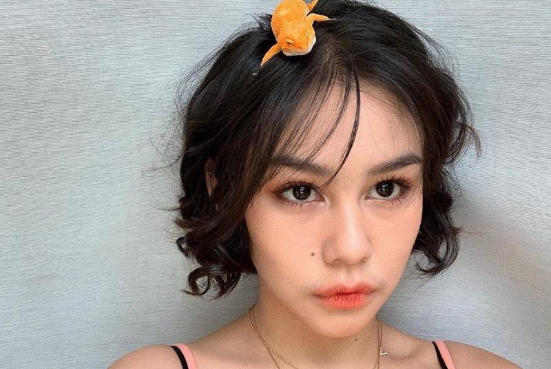 https: img.okeinfo.net content 2019 09 08 196 2102087 punya-peliharaan-unik-vanesha-prescilla-unggah-foto-bareng-gecko-0JxRp4bL45.jpg