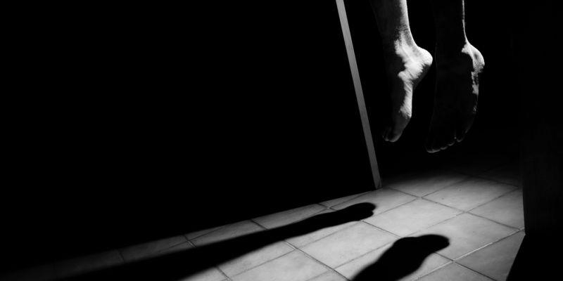 https: img.okeinfo.net content 2019 09 09 338 2102251 terlilit-utang-wanita-paruh-baya-ditemukan-tewas-gantung-diri-di-depok-mJlfvYbmBF.jpg