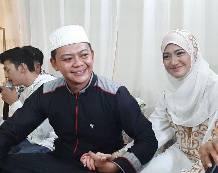 https: img.okeinfo.net content 2019 09 09 617 2102383 cantiknya-marcella-simon-setelah-masuk-islam-mengenakan-gamis-hijab-kekinian-au4Q60Hg2v.jpg