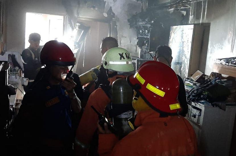 https: img.okeinfo.net content 2019 09 11 338 2103304 apartemen-kalibata-city-terbakar-2-orang-luka-bakar-PEljQDzDC0.JPG