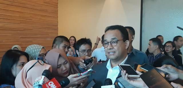 https: img.okeinfo.net content 2019 09 12 337 2103754 anies-salut-bj-habibie-pulang-ke-indonesia-ketika-sudah-mapan-di-luar-negeri-3XcKM3WeRv.jpg