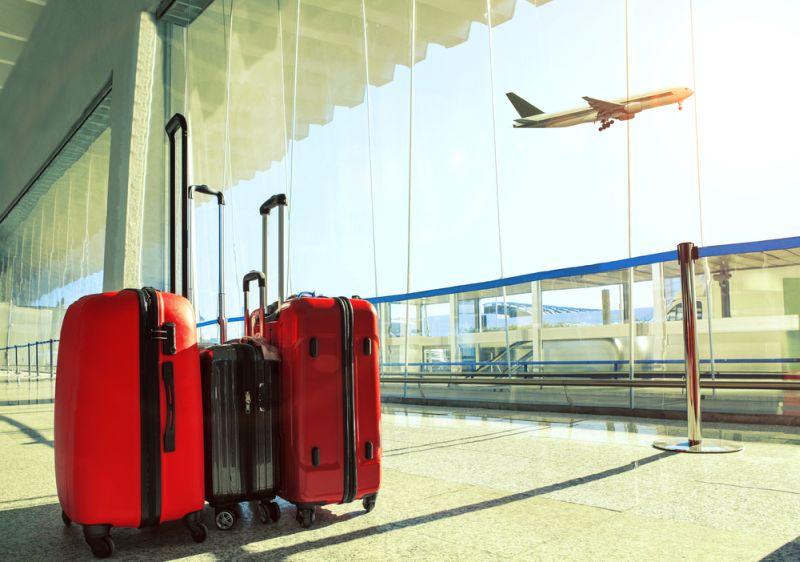 https: img.okeinfo.net content 2019 09 13 320 2104597 bandara-yia-semakin-ramai-penumpang-di-agustus-2019-RP5YQ72alY.jpg