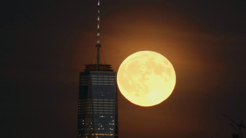 https: img.okeinfo.net content 2019 09 13 56 2104609 fenomena-bulan-purnama-langka-harvest-moon-muncul-malam-ini-XNcuULyPZq.jpg