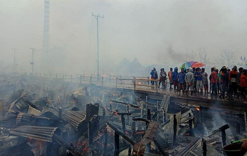 https: img.okeinfo.net content 2019 09 17 340 2105931 kronologi-kebakaran-yang-hanguskan-ratusan-rumah-warga-asmat-papua-1ha48yDOUm.jpg