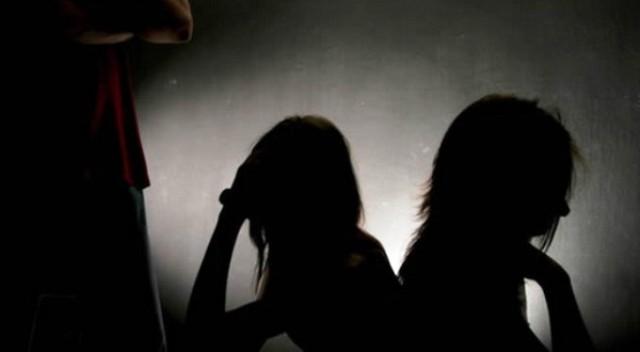 https: img.okeinfo.net content 2019 09 20 337 2107156 polisi-amankan-pemeran-dan-pembuat-video-syur-wanita-berseragam-asn-jabar-rME28dSx85.jpg
