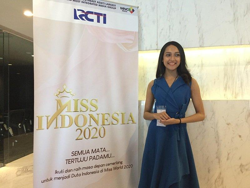 https: img.okeinfo.net content 2019 09 22 194 2107913 audisi-miss-indonesia-2020-gadis-cantik-ini-ingin-beri-dampak-positif-bagi-indonesia-fdFzSUTf4k.jpg