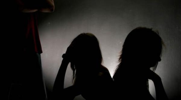 https: img.okeinfo.net content 2019 09 22 525 2107801 polisi-bebaskan-pemeran-wanita-di-video-porno-guru-smk-purwakarta-b28iKnwVnj.jpg