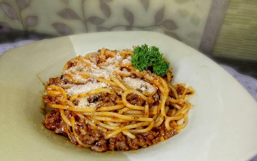 https: img.okeinfo.net content 2019 09 24 298 2108501 resep-olahan-spaghetti-untuk-menu-makan-siang-selezat-di-restoran-bintang-5-DSqBUvNXpI.jpg