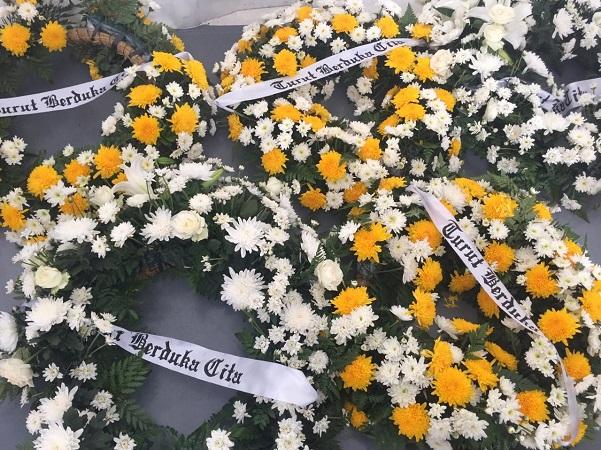https: img.okeinfo.net content 2019 09 29 337 2110688 wartawan-senior-aristides-katoppo-meninggal-dunia-OOYApJTvnD.jpg