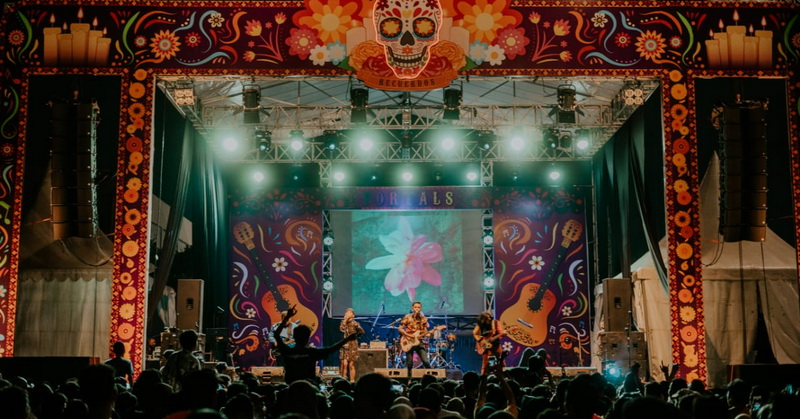 https: img.okeinfo.net content 2019 09 30 205 2111052 serunya-raisa-hingga-padi-reborn-di-festival-fortals-recuerdos-2019-FA02HtxWrr.jpeg