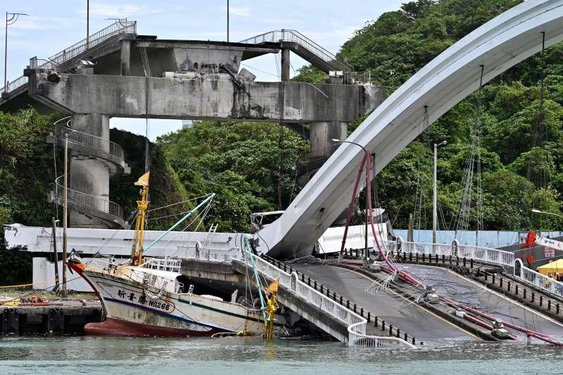 https: img.okeinfo.net content 2019 10 01 18 2111552 tiga-nelayan-indonesia-jadi-korban-musibah-jembatan-ambruk-di-taiwan-uNhi6JTECA.jpg