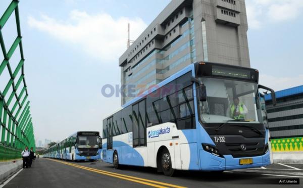 https: img.okeinfo.net content 2019 10 01 338 2111331 transjakarta-terapkan-rekayasa-rute-pascademo-di-dpr-kemarin-cAinYIQxtn.jpg