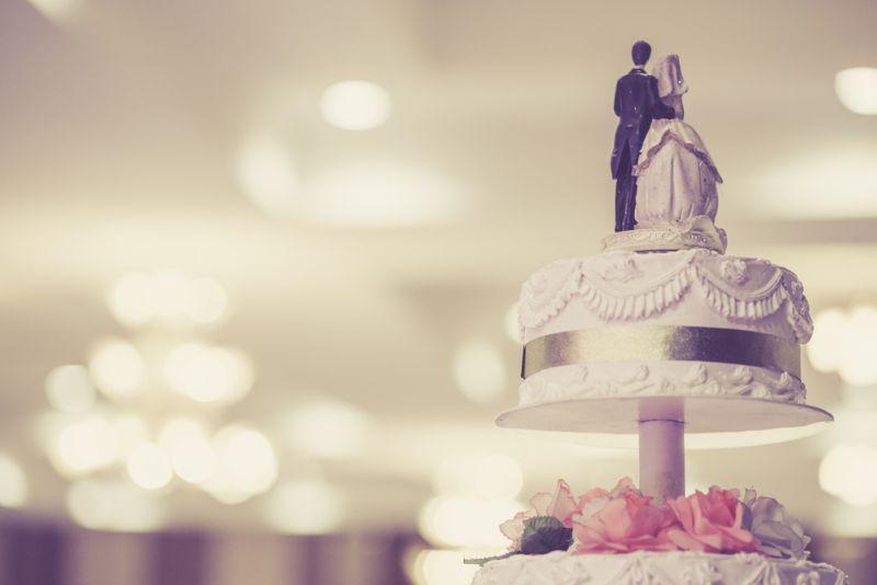 https: img.okeinfo.net content 2019 10 02 298 2112131 7-kue-pernikahan-keren-dari-seluruh-dunia-bisa-jadi-inspirasi-nih-EkLH7YAyYS.jpg