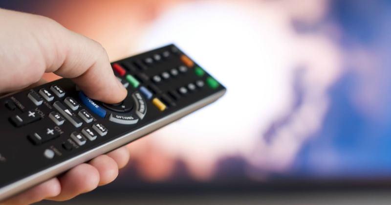 https: img.okeinfo.net content 2019 10 03 207 2112509 pengamat-hukum-tv-parabola-kabel-berlangganan-siarkan-fta-tanpa-izin-jelas-pembajakan-harus-ditindak-RfTa08bGmZ.jpg